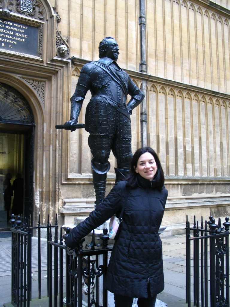 Mindy looking adorable yet again - at the bodleian